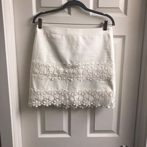 Jcrew white skirt with flower lace details